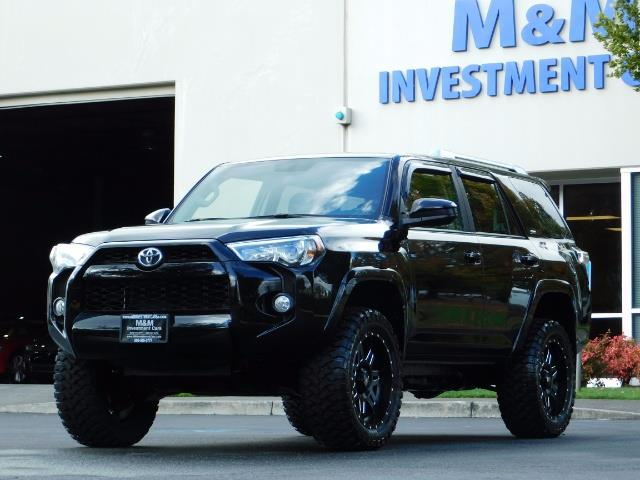 2016 Toyota 4Runner SR5 / 4WD / Navi / Backup Camera/ LIFTED LIFTED - Photo 48 - Portland, OR 97217