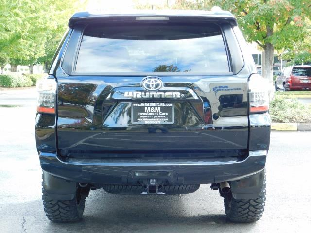 2016 Toyota 4Runner SR5 / 4WD / Navi / Backup Camera/ LIFTED LIFTED - Photo 6 - Portland, OR 97217