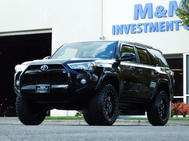 2016 Toyota 4Runner SR5 / 4WD / Navi / Backup Camera/ LIFTED LIFTED - Photo 44 - Portland, OR 97217