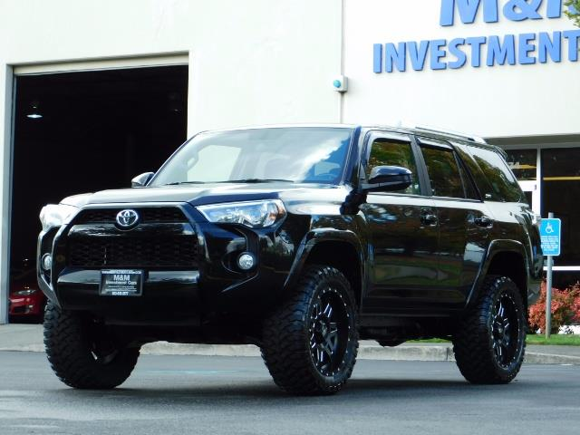 2016 Toyota 4Runner SR5 / 4WD / Navi / Backup Camera/ LIFTED LIFTED - Photo 51 - Portland, OR 97217