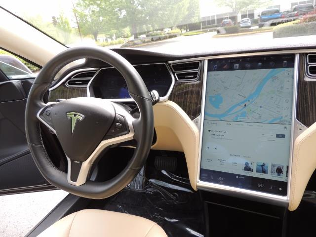 2013 Tesla Model S Signature 85kWh / Panorama Roof / Navigation / - Photo 18 - Portland, OR 97217