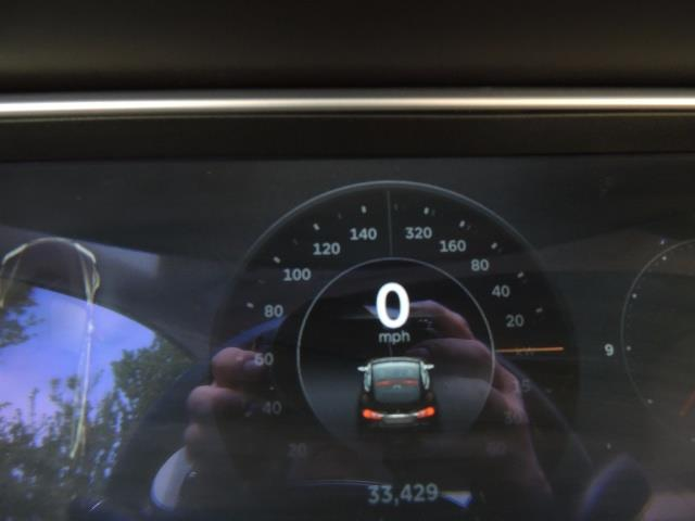 2013 Tesla Model S Signature 85kWh / Panorama Roof / Navigation / - Photo 40 - Portland, OR 97217