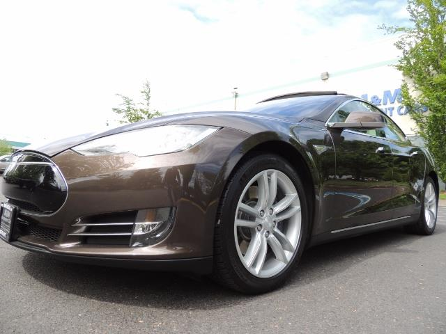 2013 Tesla Model S Signature 85kWh / Panorama Roof / Navigation / - Photo 9 - Portland, OR 97217
