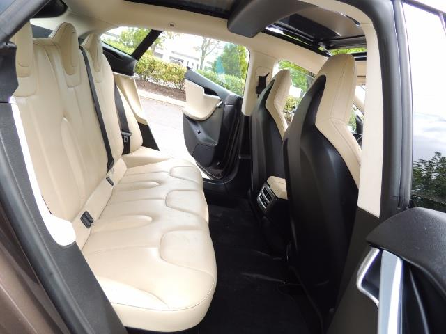 2013 Tesla Model S Signature 85kWh / Panorama Roof / Navigation / - Photo 16 - Portland, OR 97217