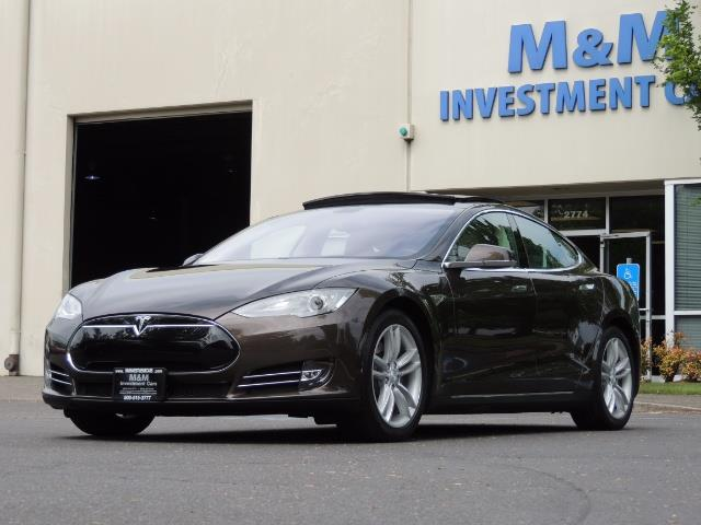 2013 Tesla Model S Signature 85kWh / Panorama Roof / Navigation / - Photo 49 - Portland, OR 97217