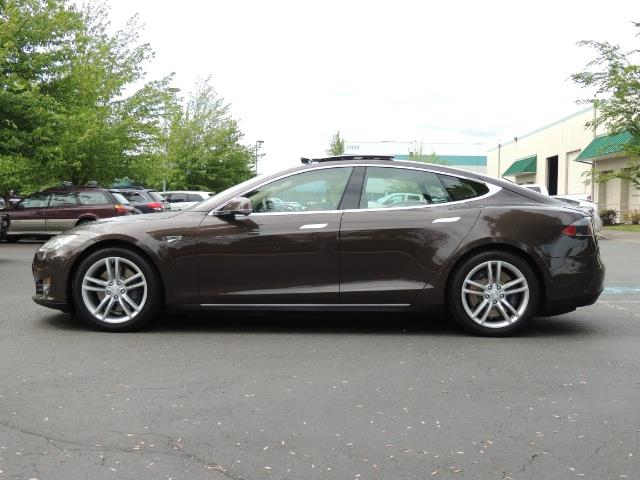 2013 Tesla Model S Signature 85kWh / Panorama Roof / Navigation / - Photo 3 - Portland, OR 97217