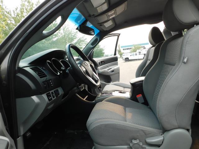 2012 Toyota Tacoma V6 / TRD SPORT / 4X4 / LIFTED LIFTED - Photo 14 - Portland, OR 97217
