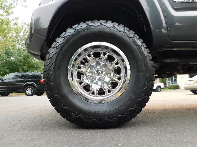 2012 Toyota Tacoma V6 / TRD SPORT / 4X4 / LIFTED LIFTED - Photo 22 - Portland, OR 97217