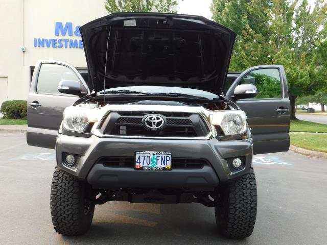 2012 Toyota Tacoma V6 / TRD SPORT / 4X4 / LIFTED LIFTED - Photo 32 - Portland, OR 97217