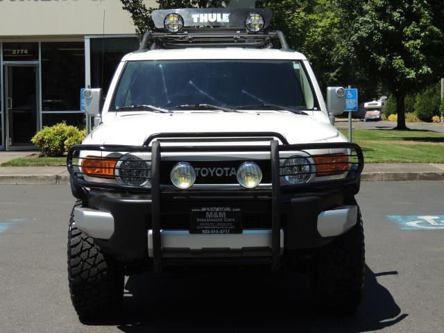 2013 Toyota FJ Cruiser 4X4 / DIFF LOCKS / LIFTED / 1-OWNER - Photo 5 - Portland, OR 97217