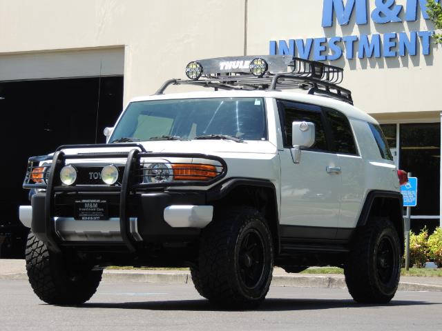2013 Toyota FJ Cruiser 4X4 / DIFF LOCKS / LIFTED / 1-OWNER - Photo 44 - Portland, OR 97217