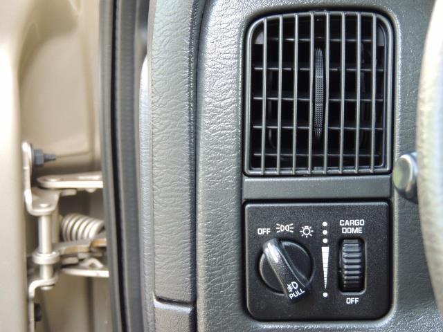 2003 Dodge Ram 2500 SLT 4dr / 4X4 / 5.9L Cummins Diesel High OutPut - Photo 37 - Portland, OR 97217