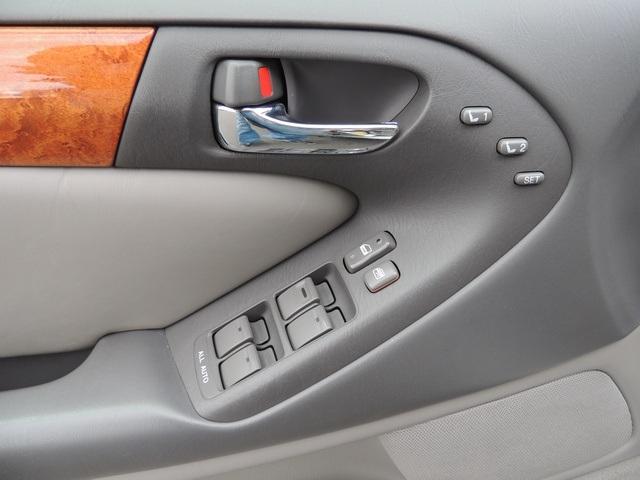2000 Lexus GS 300 Platinum Edition / New Timing Belt / 92k miles - Photo 18 - Portland, OR 97217