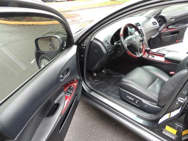 2007 Lexus GS 350 / Luxury Sport Sedan / Navigation / Back Up Ca - Photo 11 - Portland, OR 97217