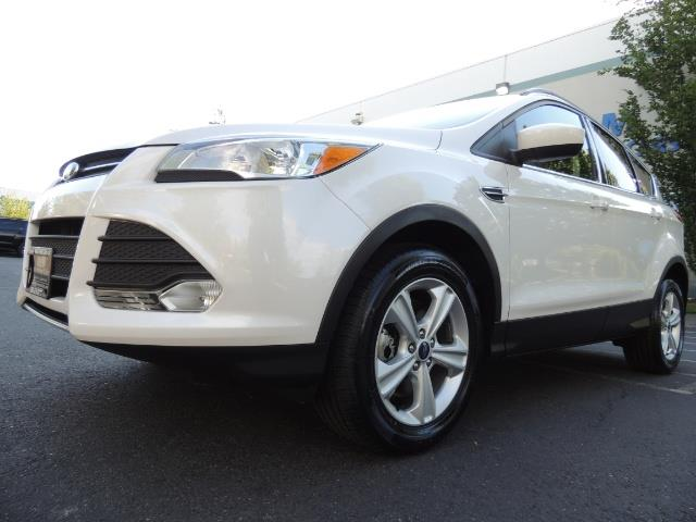 2014 Ford Escape SE / AWD / Panorama Sunroof/ Heated Seats / 1-OWNE - Photo 9 - Portland, OR 97217