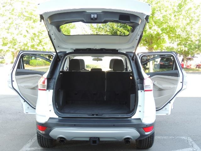 2014 Ford Escape SE / AWD / Panorama Sunroof/ Heated Seats / 1-OWNE - Photo 28 - Portland, OR 97217