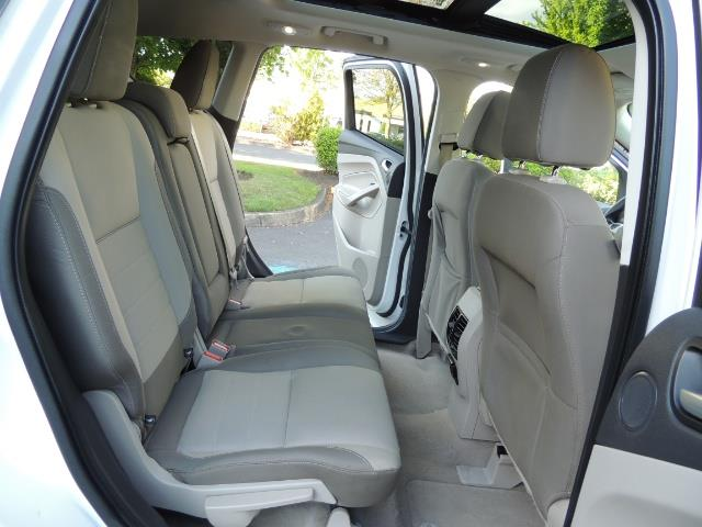 2014 Ford Escape SE / AWD / Panorama Sunroof/ Heated Seats / 1-OWNE - Photo 15 - Portland, OR 97217
