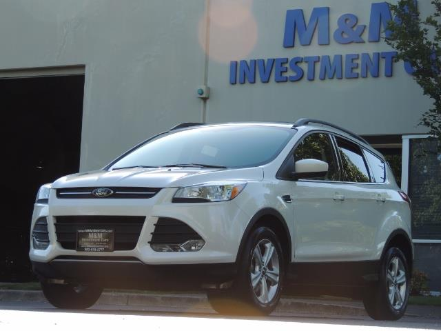 2014 Ford Escape SE / AWD / Panorama Sunroof/ Heated Seats / 1-OWNE - Photo 1 - Portland, OR 97217