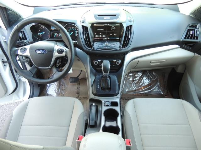 2014 Ford Escape SE / AWD / Panorama Sunroof/ Heated Seats / 1-OWNE - Photo 19 - Portland, OR 97217