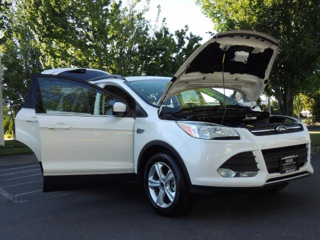 2014 Ford Escape SE / AWD / Panorama Sunroof/ Heated Seats / 1-OWNE - Photo 31 - Portland, OR 97217
