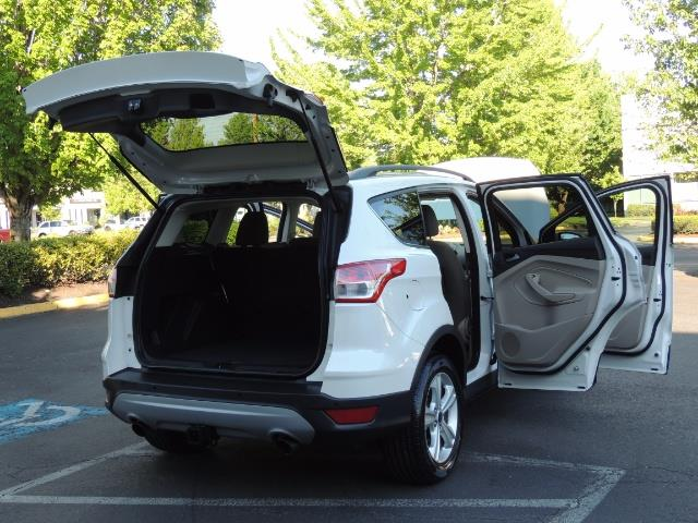 2014 Ford Escape SE / AWD / Panorama Sunroof/ Heated Seats / 1-OWNE - Photo 29 - Portland, OR 97217