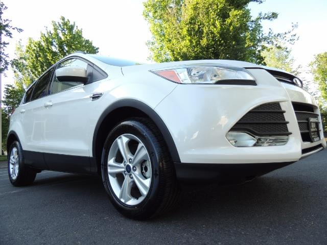2014 Ford Escape SE / AWD / Panorama Sunroof/ Heated Seats / 1-OWNE - Photo 10 - Portland, OR 97217