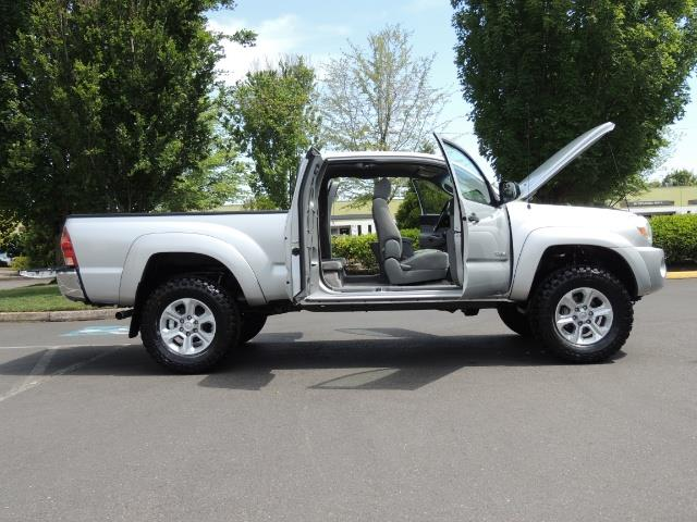 2006 Toyota Tacoma V6 V6 4dr Access Cab/ 4WD / 6-SPEED / LIFTED - Photo 24 - Portland, OR 97217