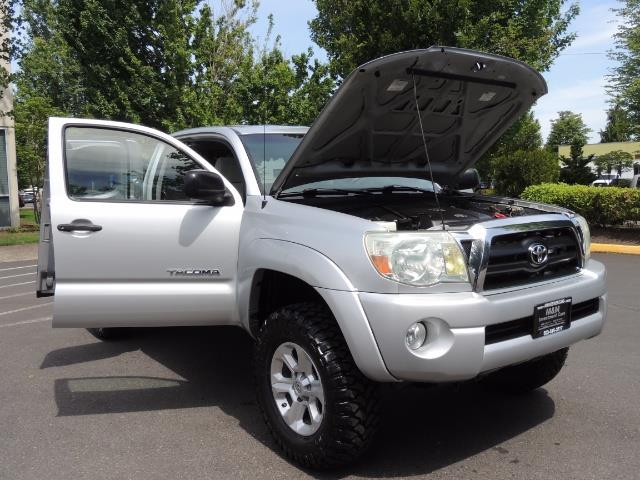 2006 Toyota Tacoma V6 V6 4dr Access Cab/ 4WD / 6-SPEED / LIFTED - Photo 29 - Portland, OR 97217