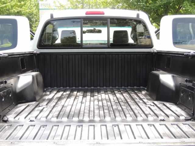 2006 Toyota Tacoma V6 V6 4dr Access Cab/ 4WD / 6-SPEED / LIFTED - Photo 27 - Portland, OR 97217