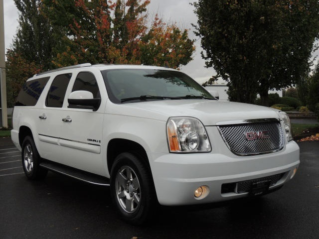 2008 gmc yukon xl denali awd navigation rear dvd sunroof. Black Bedroom Furniture Sets. Home Design Ideas