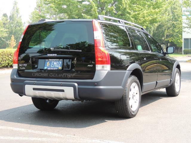 2006 Volvo XC70 2.5T / Cross Country / AWD / Leather /Heated seats - Photo 8 - Portland, OR 97217