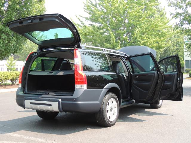 2006 Volvo XC70 2.5T / Cross Country / AWD / Leather /Heated seats - Photo 29 - Portland, OR 97217