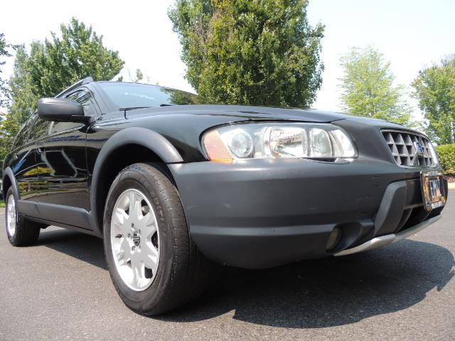 2006 Volvo XC70 2.5T / Cross Country / AWD / Leather /Heated seats - Photo 10 - Portland, OR 97217