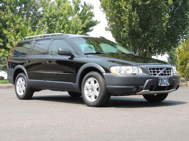 2006 Volvo XC70 2.5T / Cross Country / AWD / Leather /Heated seats - Photo 2 - Portland, OR 97217
