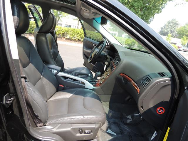 2006 Volvo XC70 2.5T / Cross Country / AWD / Leather /Heated seats - Photo 17 - Portland, OR 97217