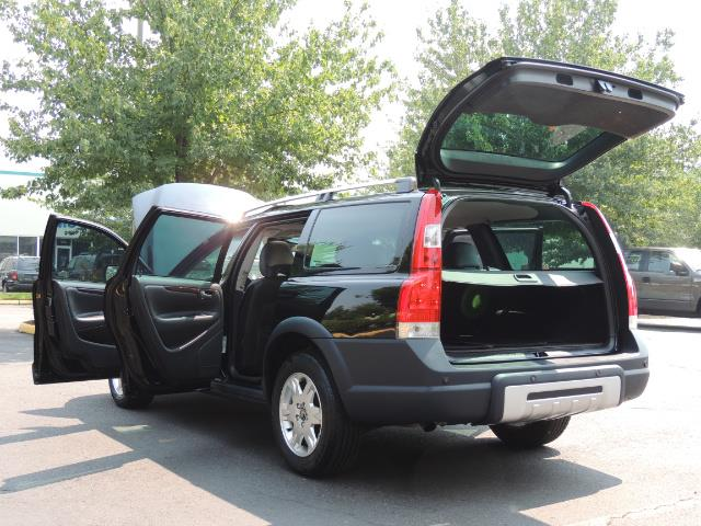 2006 Volvo XC70 2.5T / Cross Country / AWD / Leather /Heated seats - Photo 27 - Portland, OR 97217