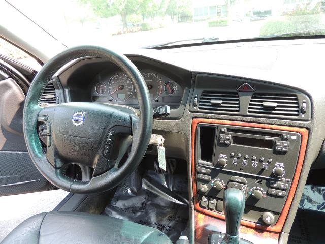 2006 Volvo XC70 2.5T / Cross Country / AWD / Leather /Heated seats - Photo 20 - Portland, OR 97217