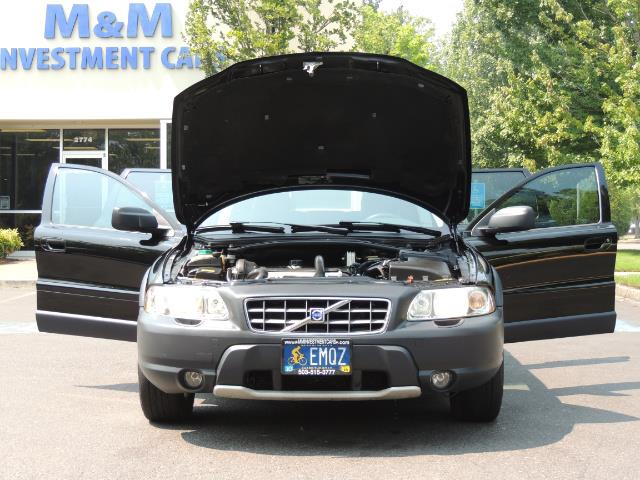 2006 Volvo XC70 2.5T / Cross Country / AWD / Leather /Heated seats - Photo 32 - Portland, OR 97217