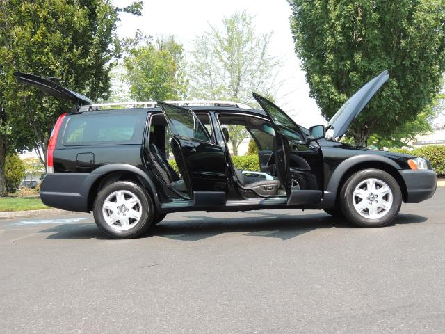 2006 Volvo XC70 2.5T / Cross Country / AWD / Leather /Heated seats - Photo 30 - Portland, OR 97217