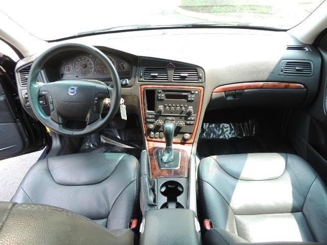 2006 Volvo XC70 2.5T / Cross Country / AWD / Leather /Heated seats - Photo 19 - Portland, OR 97217