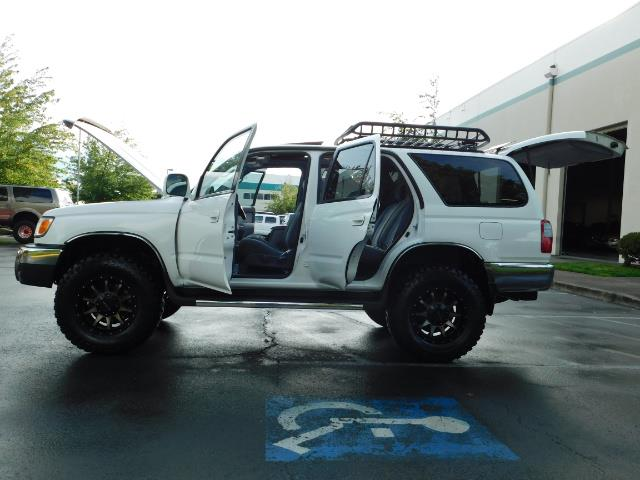 2000 Toyota 4Runner 4X4 / 3.4L V6 / LIFTED / 1-OWNER / 109,000 MILES ! - Photo 20 - Portland, OR 97217