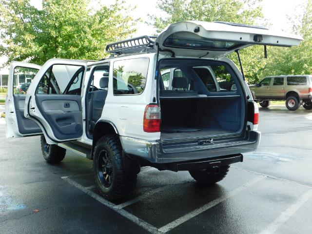 2000 Toyota 4Runner 4X4 / 3.4L V6 / LIFTED / 1-OWNER / 109,000 MILES ! - Photo 25 - Portland, OR 97217