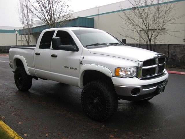2003 dodge ram 2500 slt 4x4 quadcab 59l cummins diesel lifted photo - White Dodge Ram Cummins Lifted