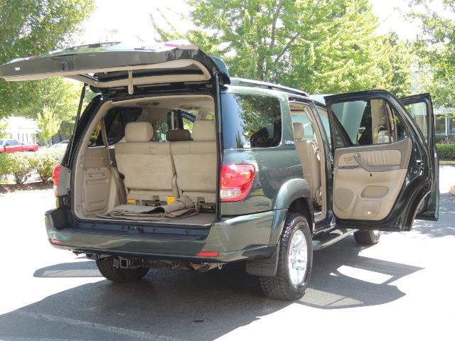 2006 Toyota Sequoia LIMITED 4X4 / 8 SEATS NAVi DVD / FRESH TIMING BELT - Photo 27 - Portland, OR 97217
