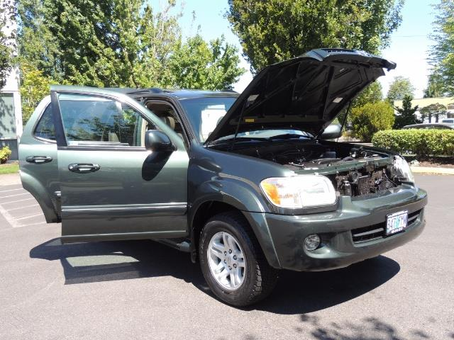 2006 Toyota Sequoia LIMITED 4X4 / 8 SEATS NAVi DVD / FRESH TIMING BELT - Photo 28 - Portland, OR 97217