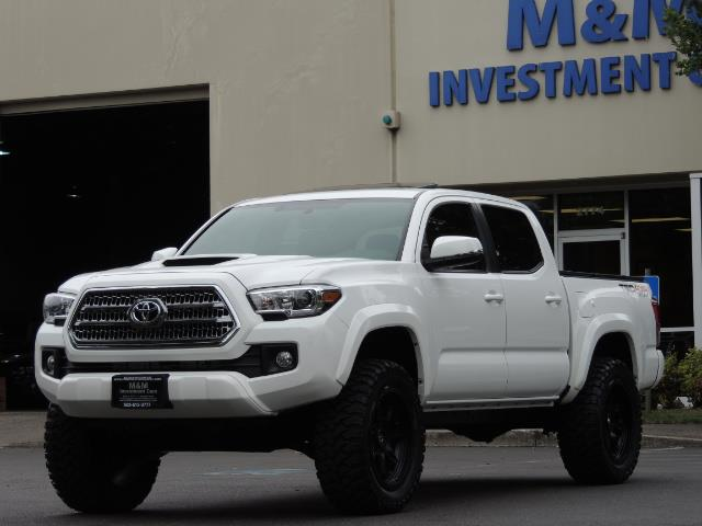 2016 Toyota Tacoma TRD Off-Road Sport / 4X4 / Blind Spot / Sunroof - Photo 50 - Portland, OR 97217