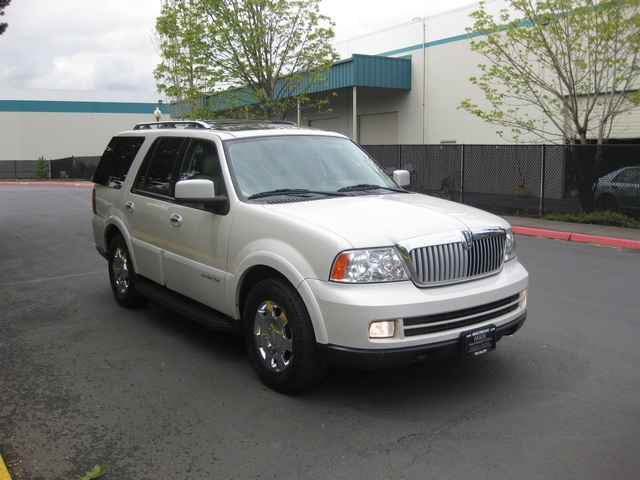 2006 lincoln navigator luxury 4wd rear dvd 3rd seat. Black Bedroom Furniture Sets. Home Design Ideas