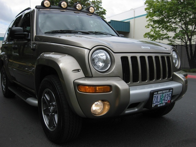 2002 Jeep Liberty Renegade 4wd 6cyl Sport Utility