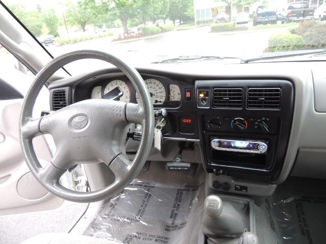 2004 Toyota Tacoma V6 2dr Xtracab / 4X4 / 5-SPEED / TRD SUPERCHARGED - Photo 17 - Portland, OR 97217
