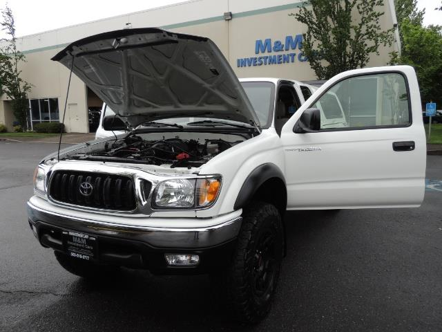 2004 Toyota Tacoma V6 2dr Xtracab / 4X4 / 5-SPEED / TRD SUPERCHARGED - Photo 25 - Portland, OR 97217